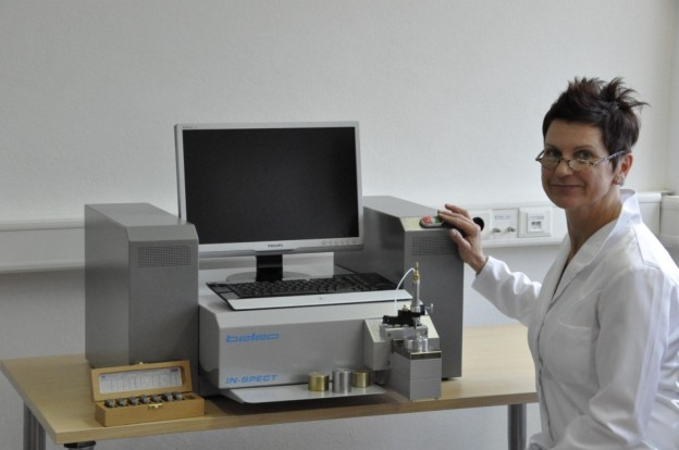 Laboratory oes for metal analysis